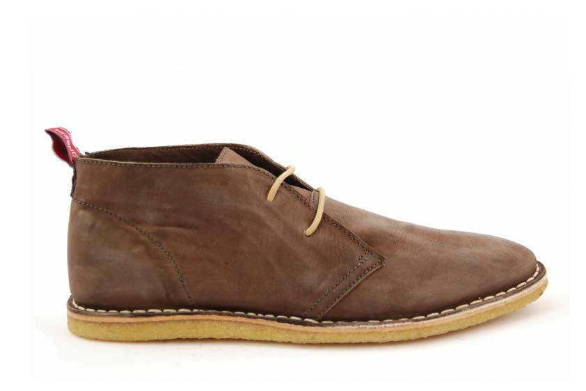 Leon: CREPE SOLES MADE OF NATURAL RUBBER