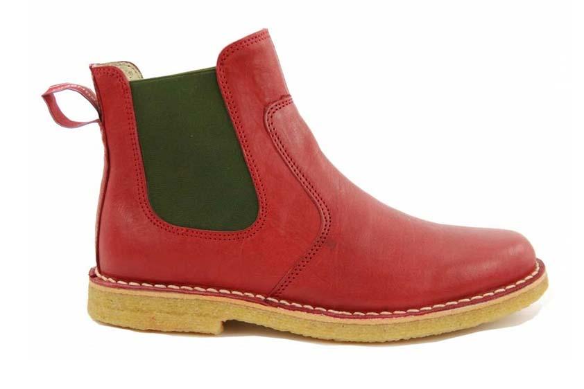Irma: Chelsea Boots mit Kreppsohle