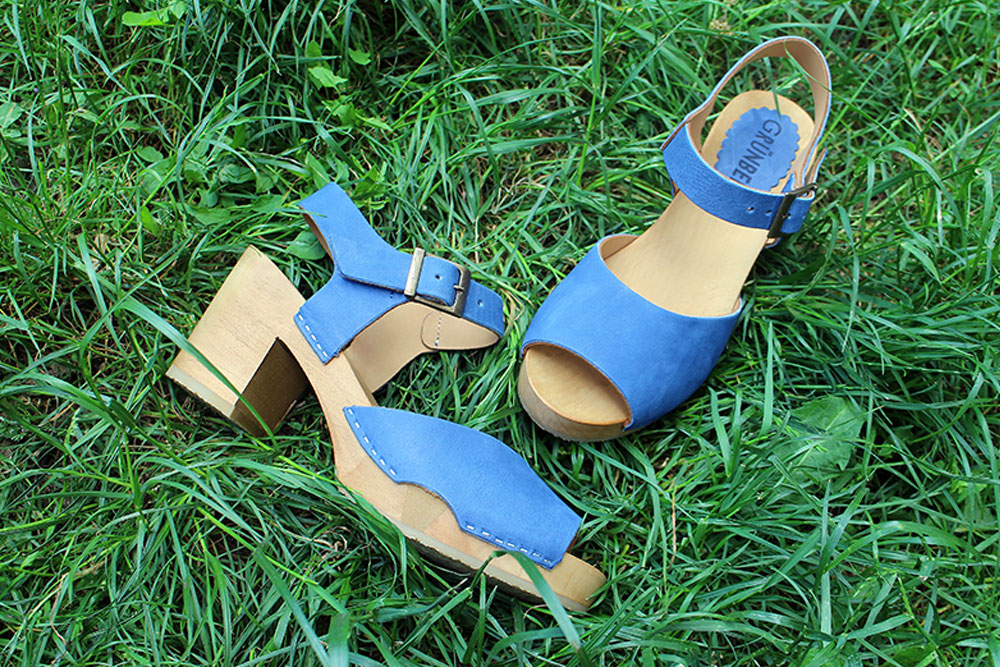 New Styles for Wooden Clogs and Sandals